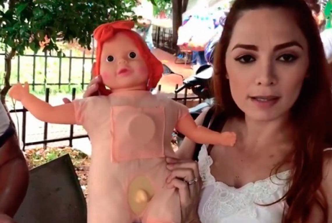 Decomisan muñecas infantiles con pene en Paraguay
