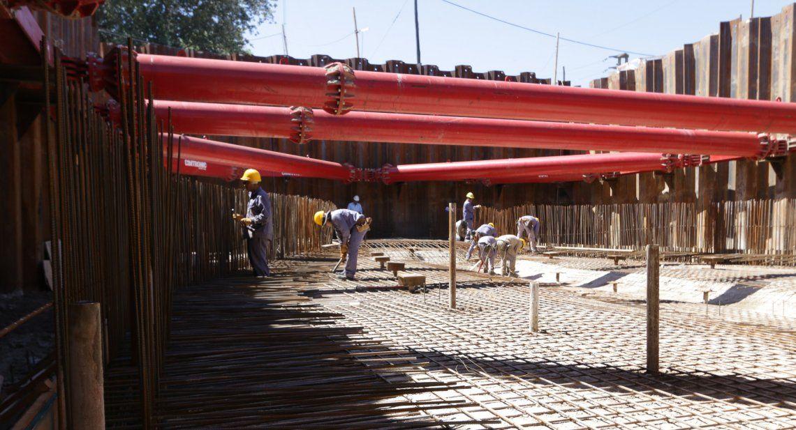 Avanza la construcción de una nueva estación de bombeo en Villa Jardín