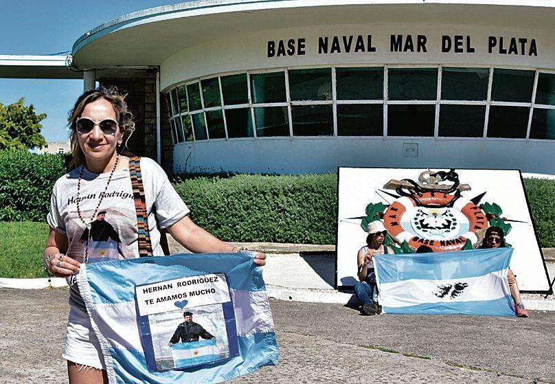 dLa Base Naval de Mar del Plata fue escenario de otro reclamo.