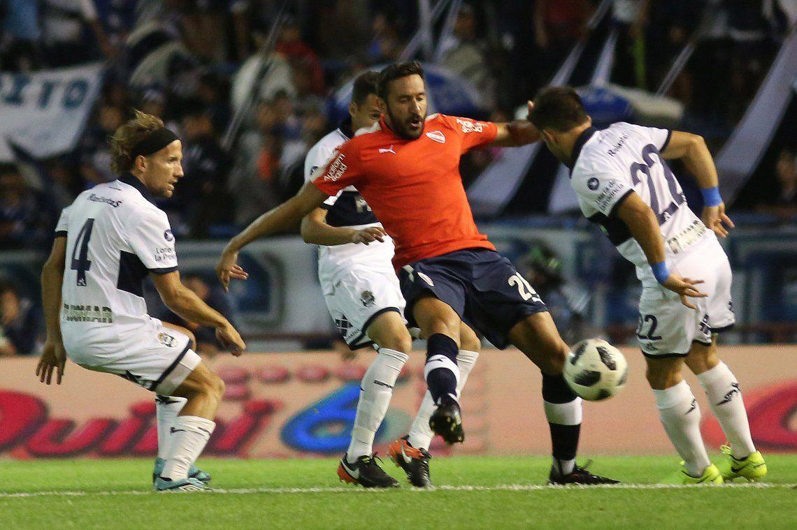 Independiente cayó por penales ante Gimnasia en Mardel