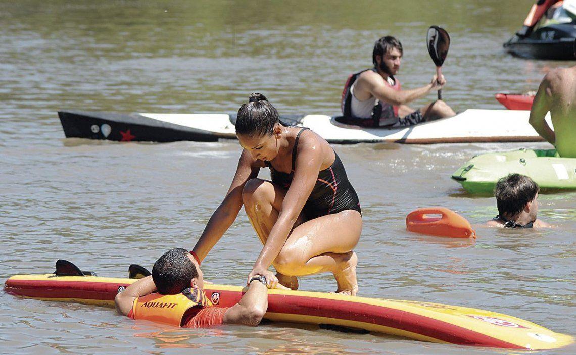 dHubo técnicas de rescate con kayaks sobre RCP.