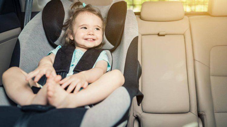 La sillita de seguridad vehicular ahora será obligatoria hasta los 10 años
