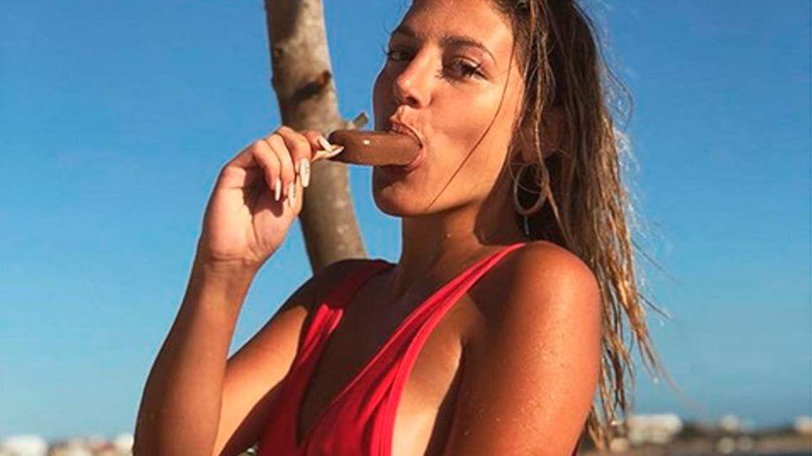 Marian Farjat mostró su nueva figura totalmente desnuda en la playa, y con palo a Brian Lanzelotta incluido...