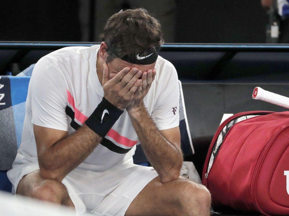 Como si fuera la primera vez: Roger Federer no pudo ocultar su emoción al coronarse en Australia