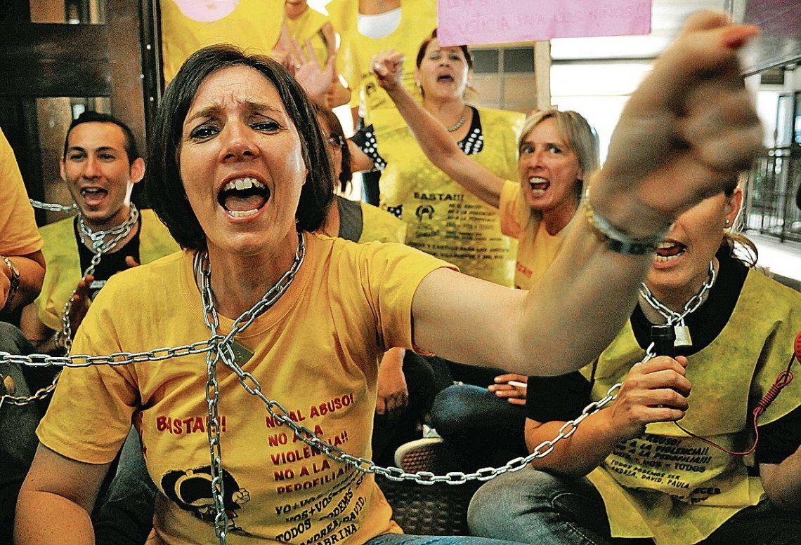dUna de las protestas de Andrea Karina Vázquez en los Tribunales de Lomas de Zamora.
