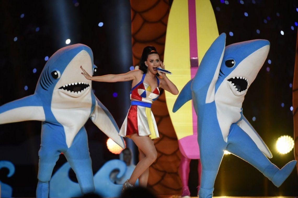 Katy Perry llega con toda la magia pop