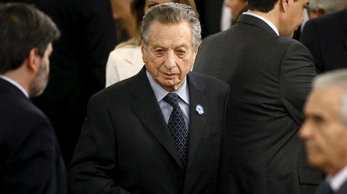 El Presidente y su esposa visitaron a Franco Macri en el Hospital Italiano