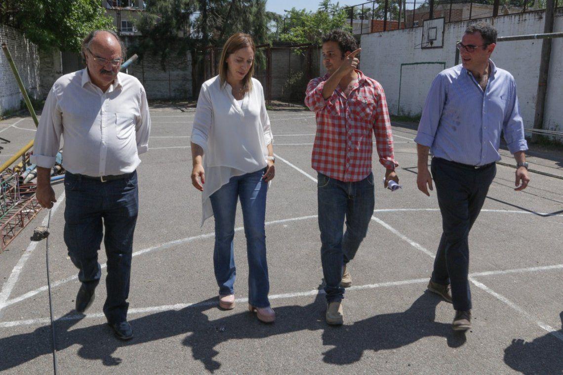 Vidal visitó las obras en la Escuela N° 54 de Monte Chingolo