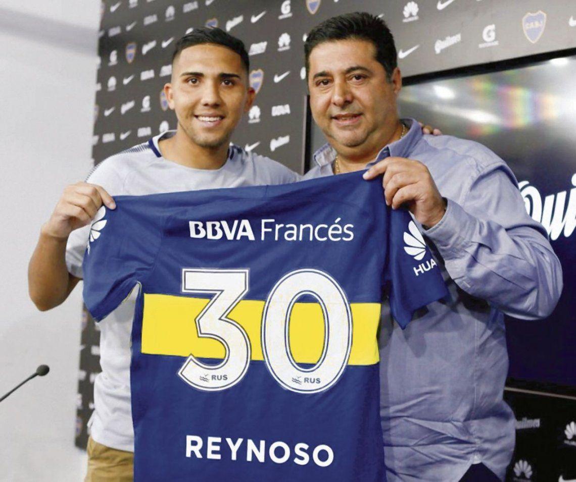 Bebelo y la camiseta número 30. El cordobés debutará el domingo en lugar de Pablo Pérez.