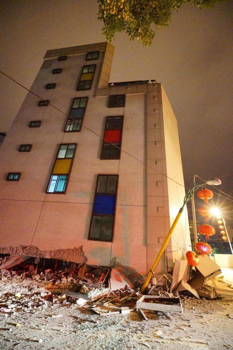 Las fotos y videos más impactantes que dejó el terremoto en Taiwán
