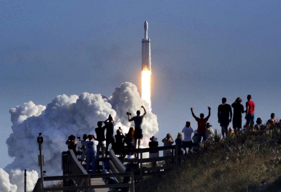 El lanzamiento del Falcon Heavy, segundo video en vivo más visto de YouTube