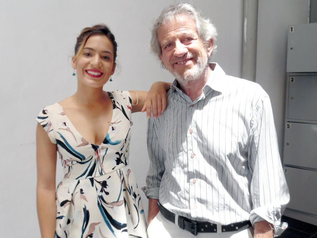 Pablo Alarcón y una obra junto a Agostina, su hija