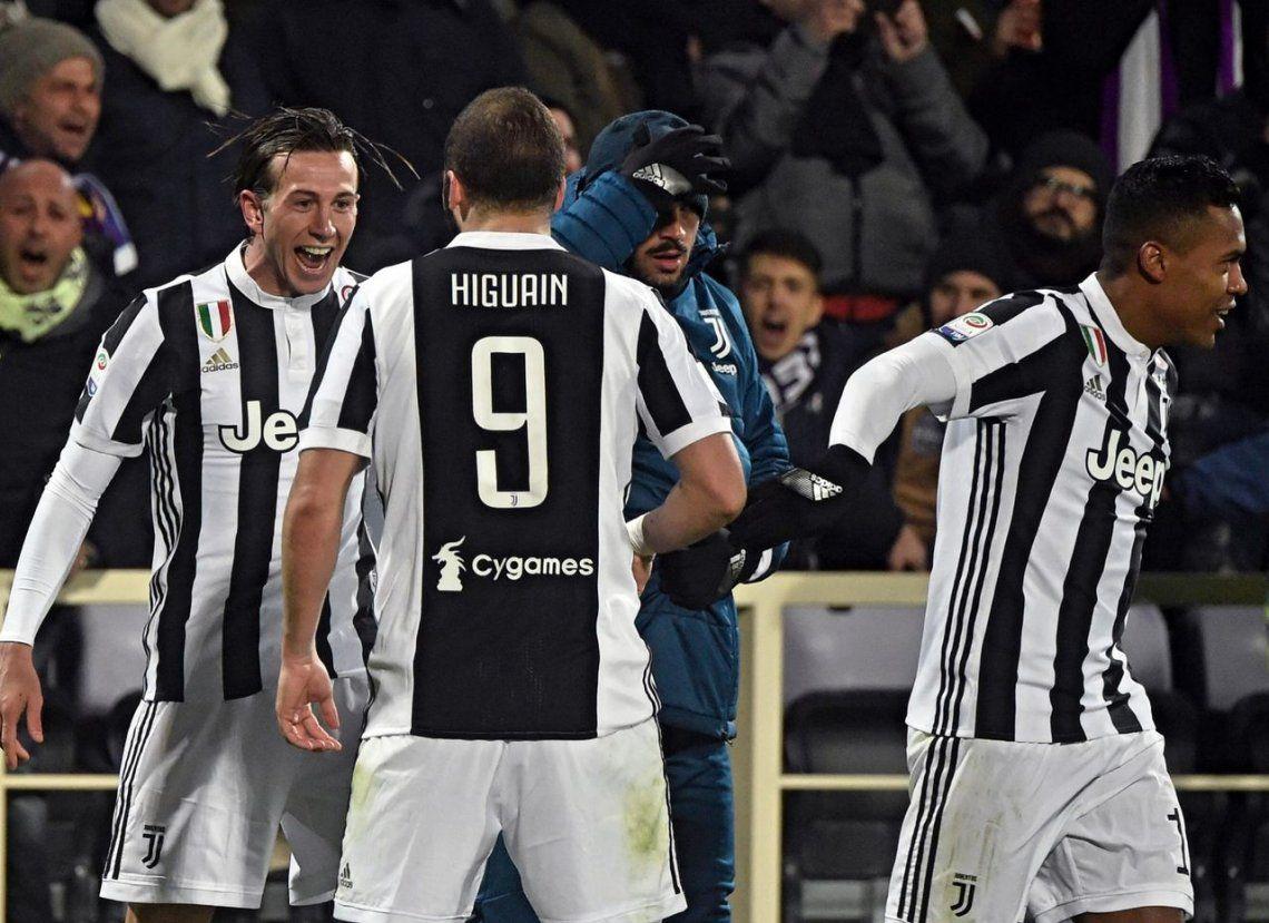 Con un gol de Higuaín, Juventus ganó y saltó a la punta