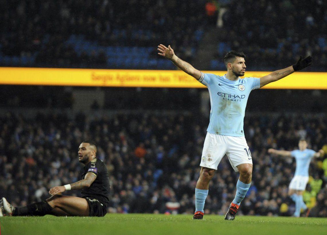 El Manchester City aplastó al Leicester con un show del Kun Agüero