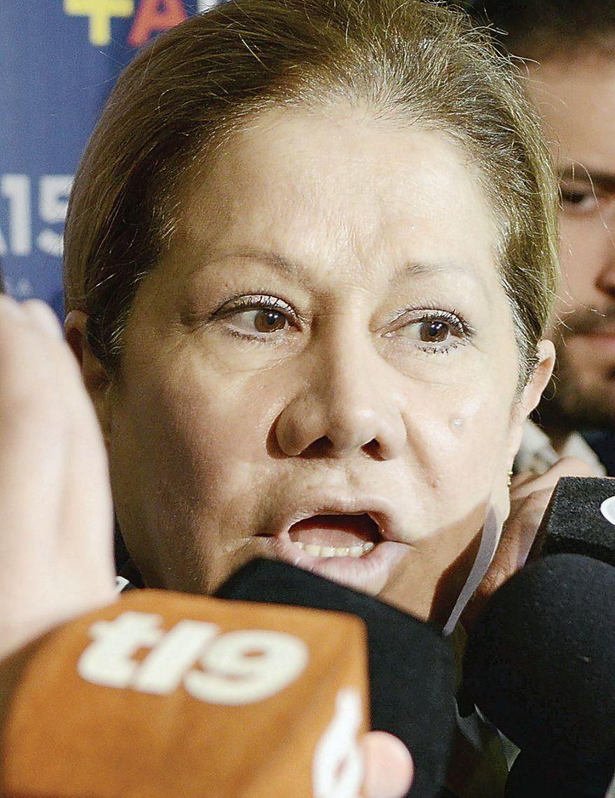 Camaño les pegó con todo a Solá y Arroyo