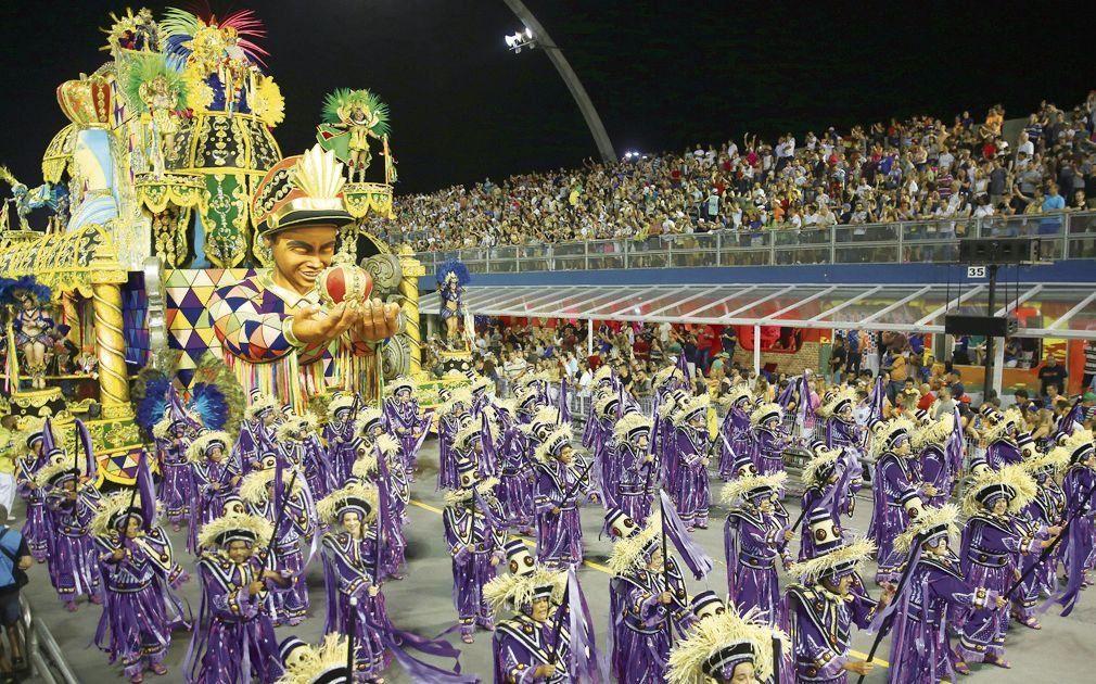 dEn San Pablo ya comenzaron los desfiles en el Sambódromo.
