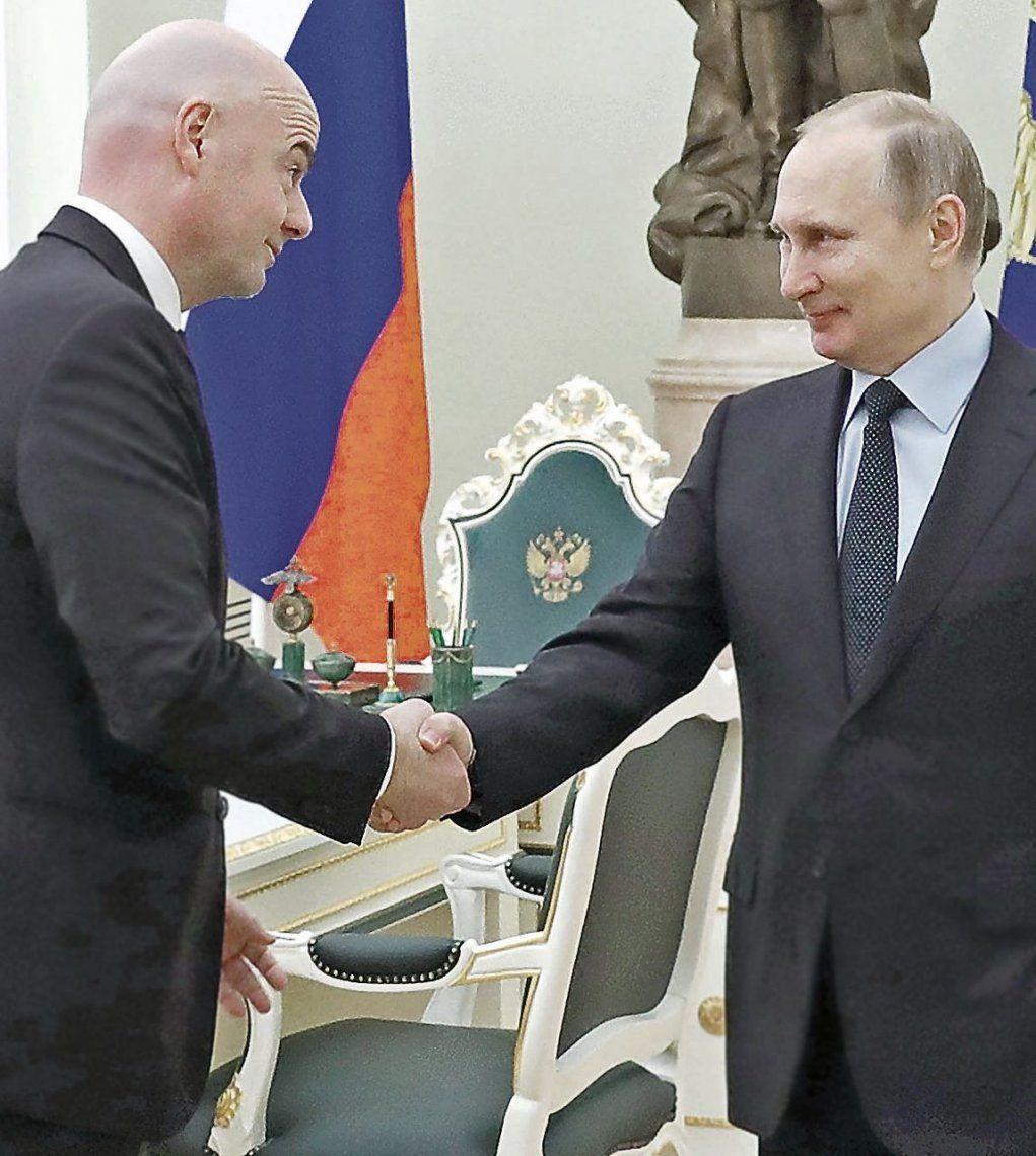 Putin e Infantino pasaron revista  a las obras para el Mundial