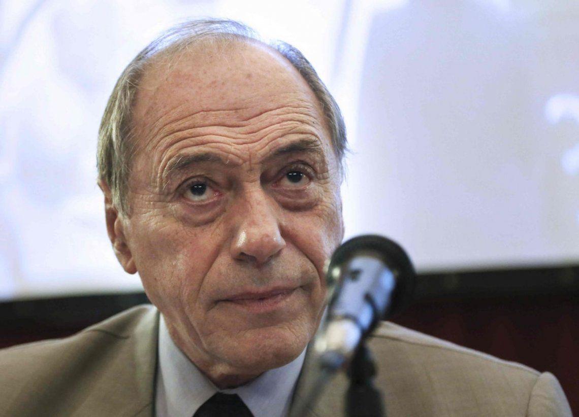 Zaffaroni insiste con que el Gobierno se vaya, pero en 2019