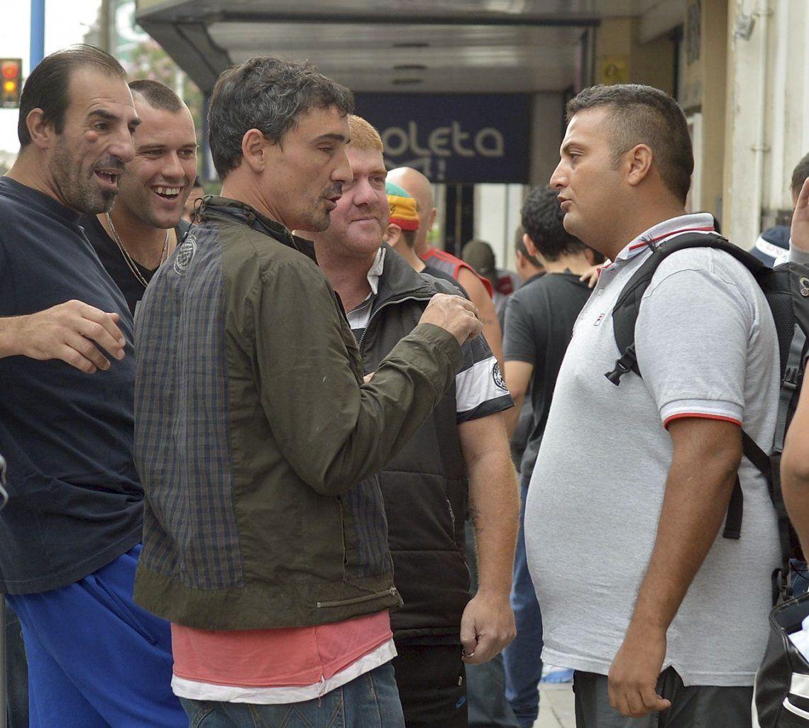 Bebote Álvarez: Pablo Moyano es un traidor y maneja a la gente con plata