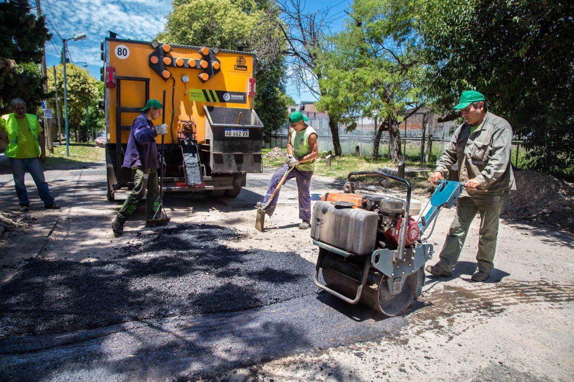 Avanza el plan de bacheo y pavimentación en Quilmes