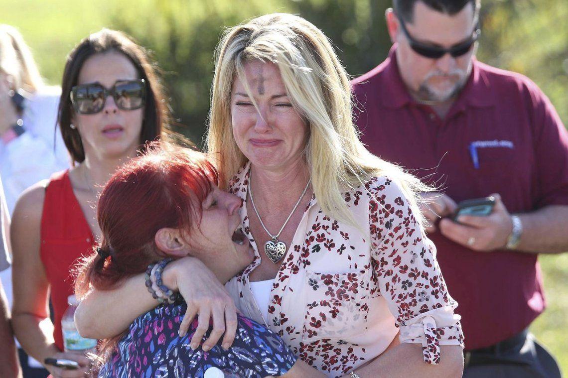 Tiroteo en una escuela de Florida: 17 muertos
