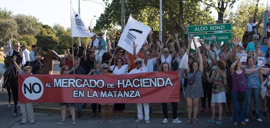 Vecinos reiteraron su oposición al traslado del Mercado de Hacienda