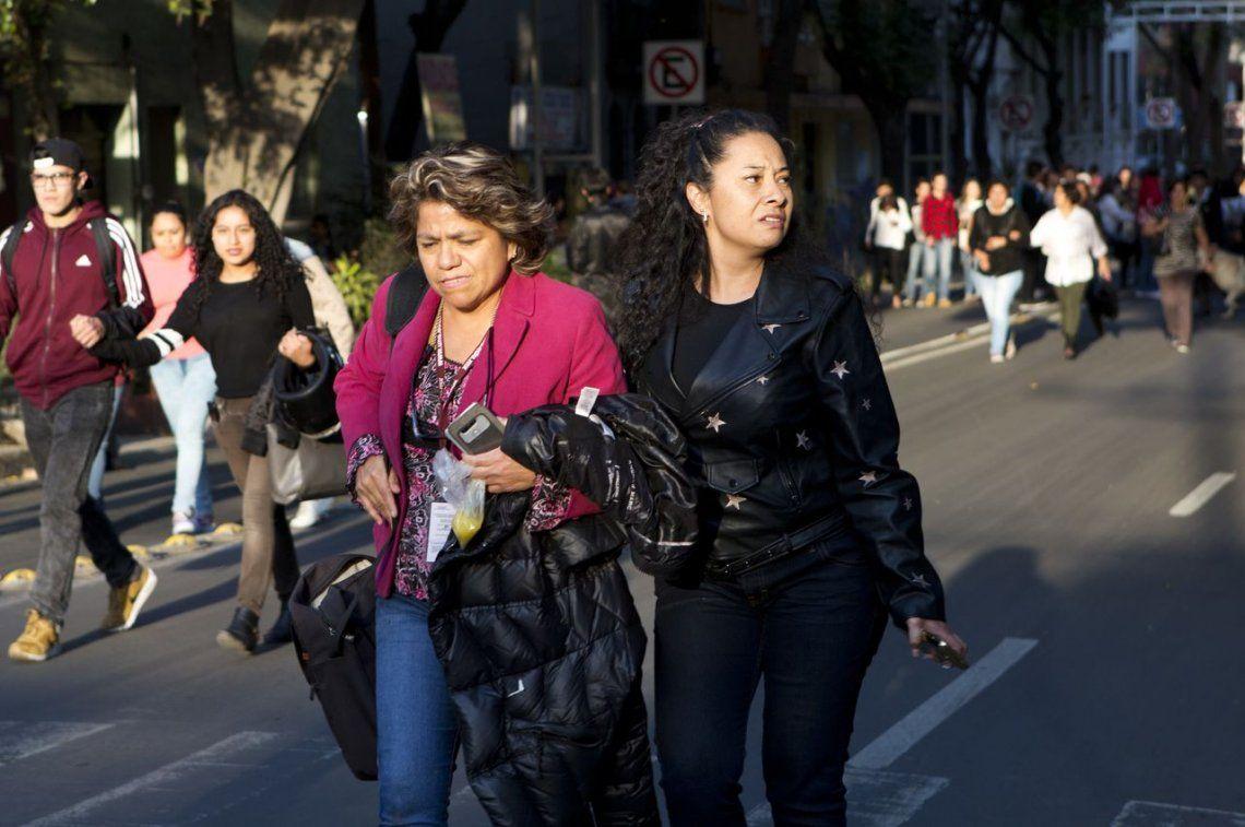 Alertan por fuerte terremoto en México