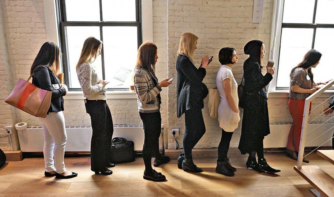 La percepción sobre la situación laboral de las mujeres cayó 1% respecto del año pasado