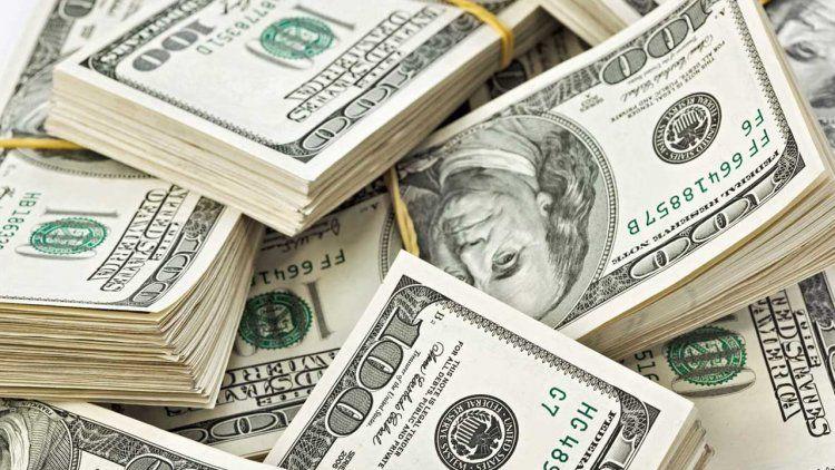El Central vendió más de u$s 1.000 millones y la divisa cerró en $ 20,55