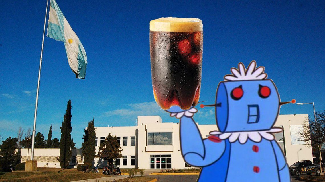 Video | Crearon un robot que prepara Fernet con Coca