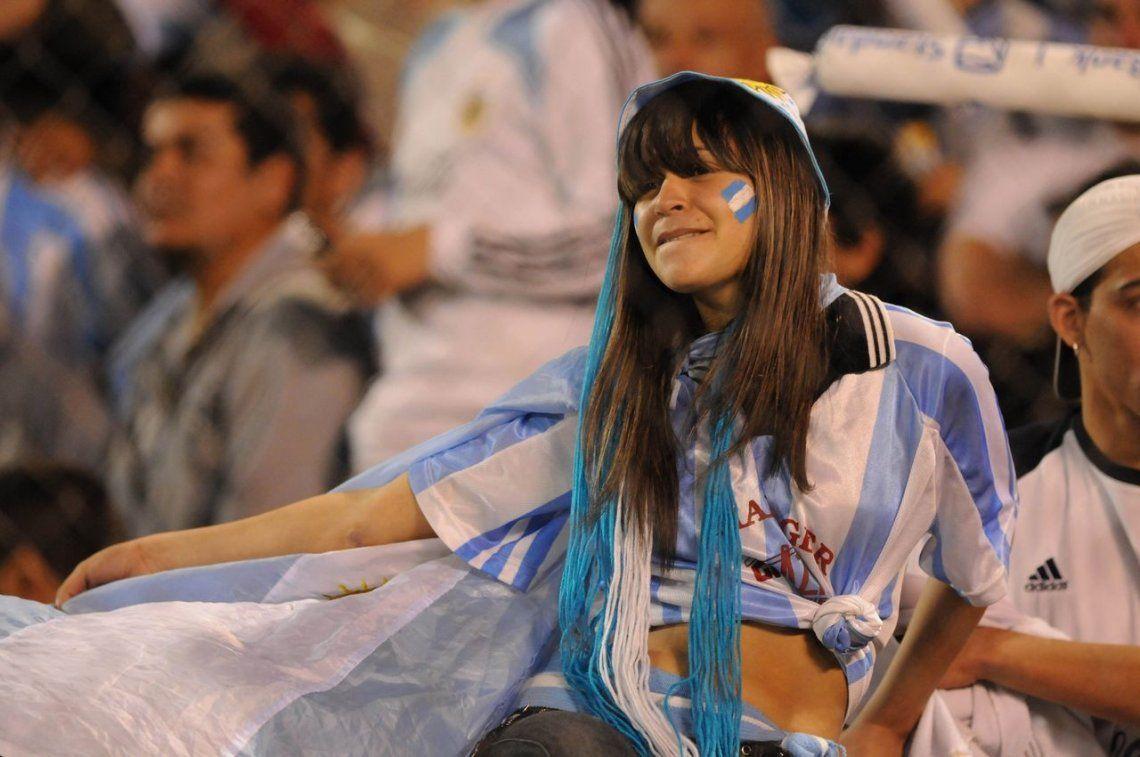 El fútbol se sumó al #DíaDeLaMujer