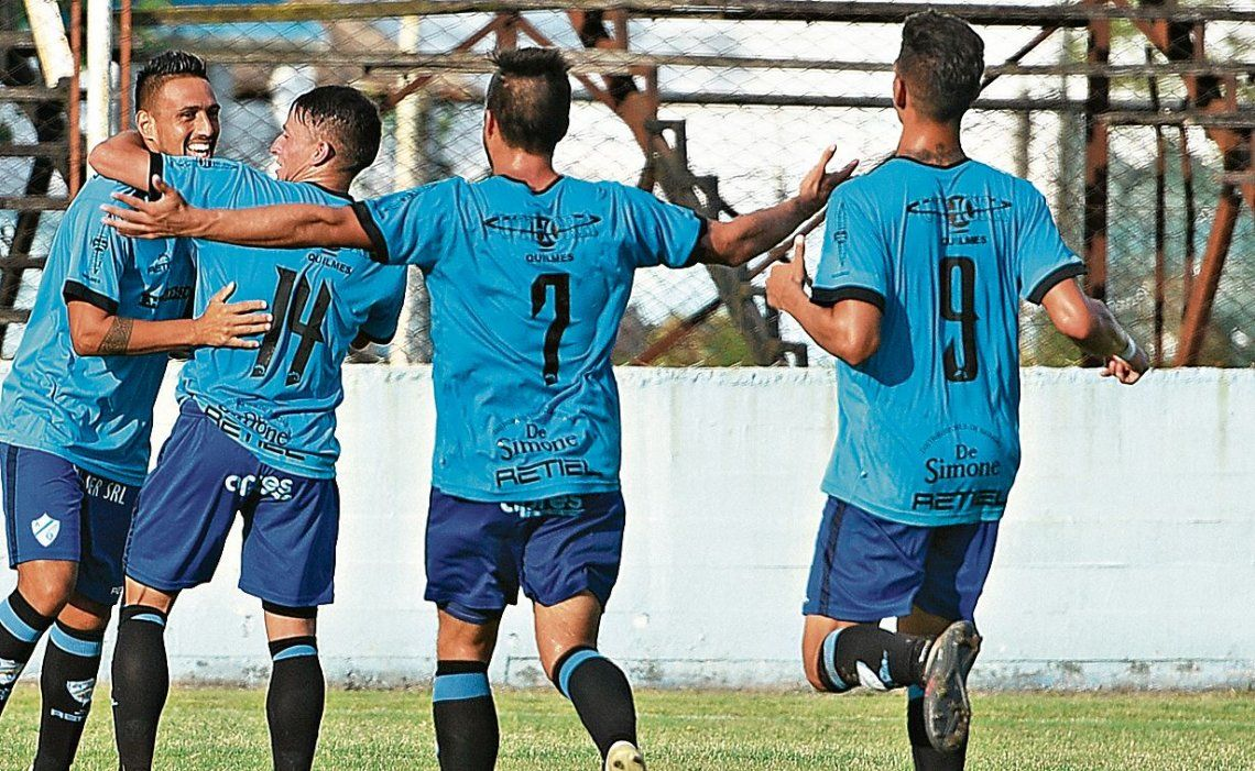 dArgentino de Quilmes viene de golear a Berazategui en la Barranca.