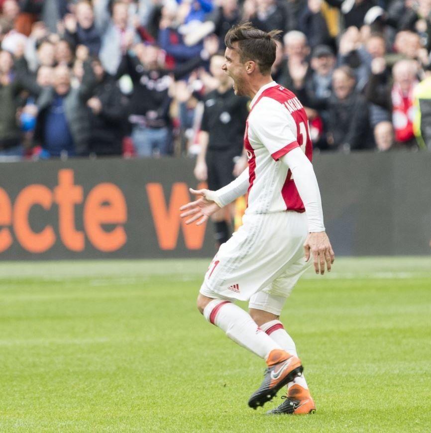 Video | Bautismo con la red: Tagliafico hizo su primer gol en Ajax