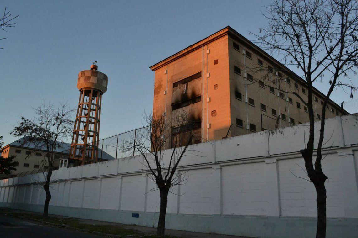 Mudan la cárcel de Villa Devoto para sumar más espacios y viviendas