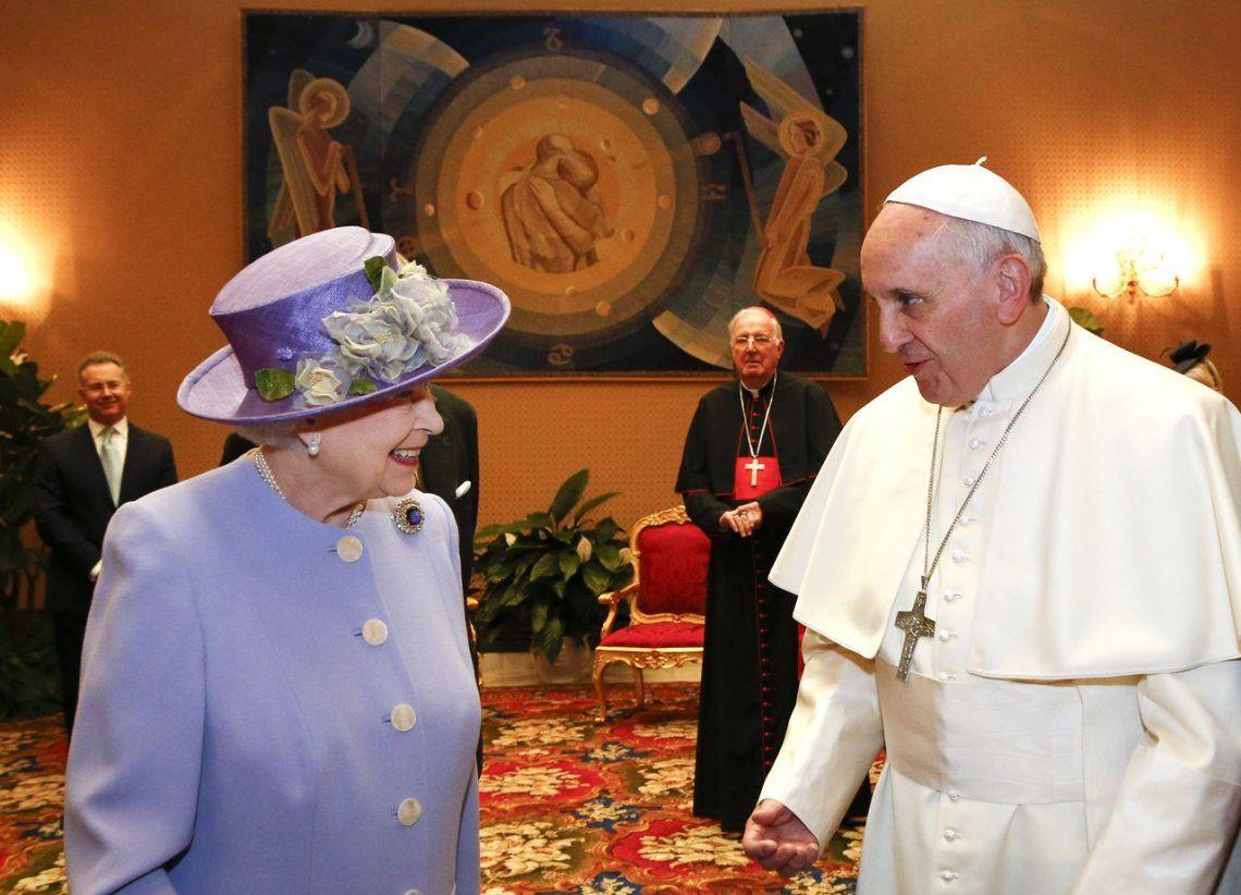 2014 | Con la Reina Isabel II de Inglaterra.