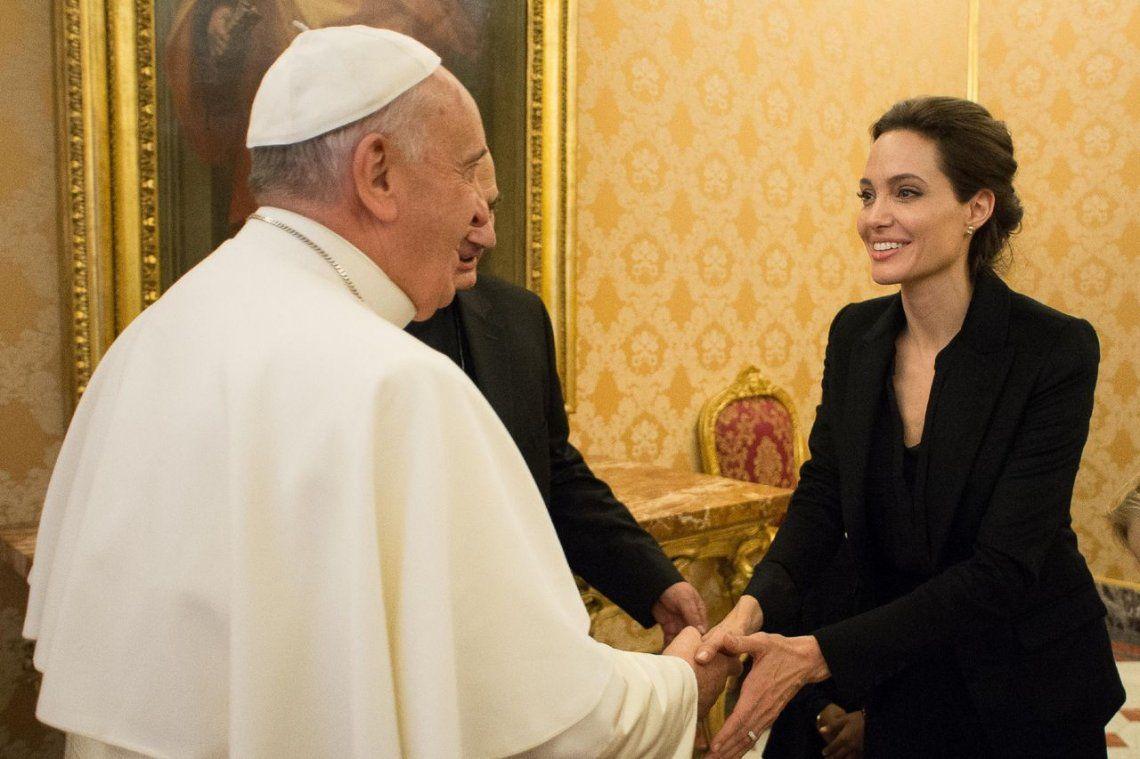 2015 | Junto a la actriz Angelina Jolie.