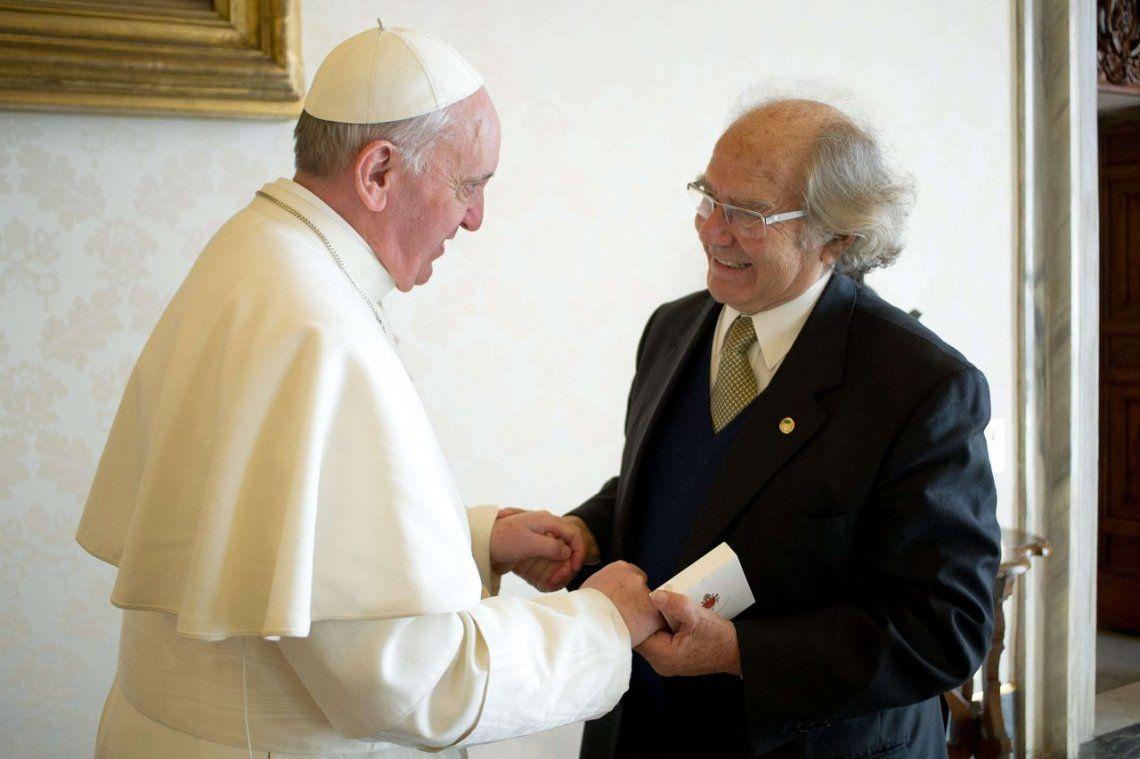 2013 |Adolfo Perez Esquivel premio Nobel de la Paz.