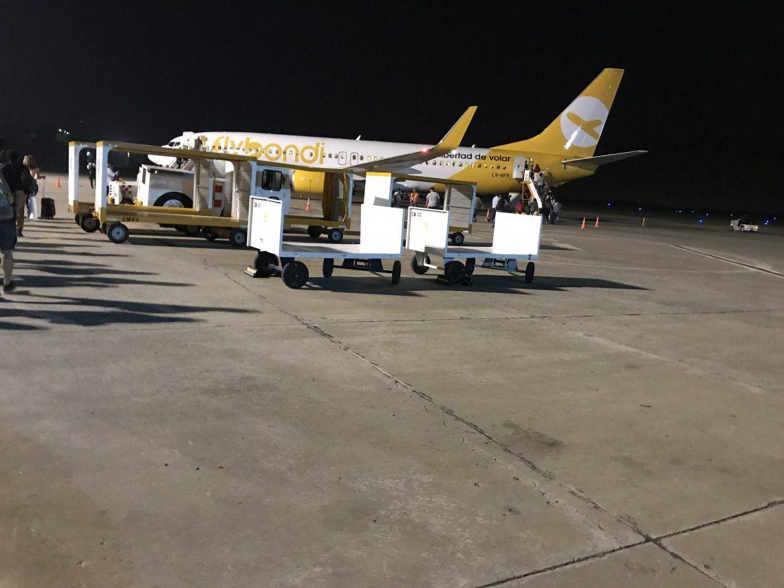 Desperfectos y agresiones por un vuelo cancelado de Flybondi