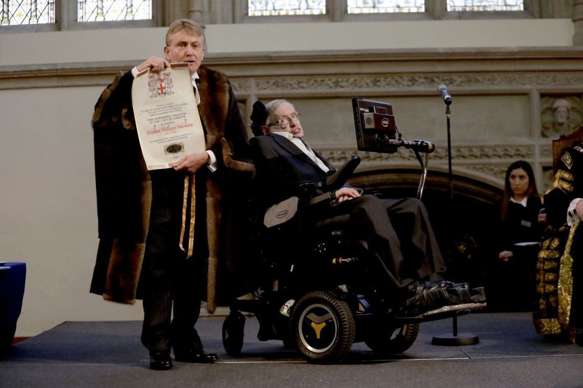 En 2017 recibió un título honorífico de la ciudad de Londres.