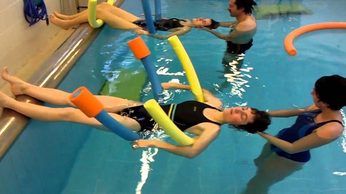 Rehabilitación acuática en kinesiología