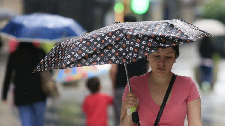 Hasta cuándo se quedarán las lluvias en la Ciudad y alrededores