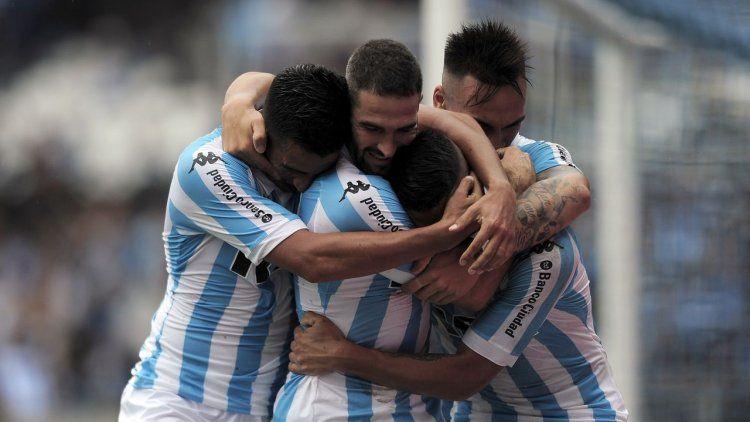 Racing se prendió en la pelea con una goleada ante Patronato en Avellaneda