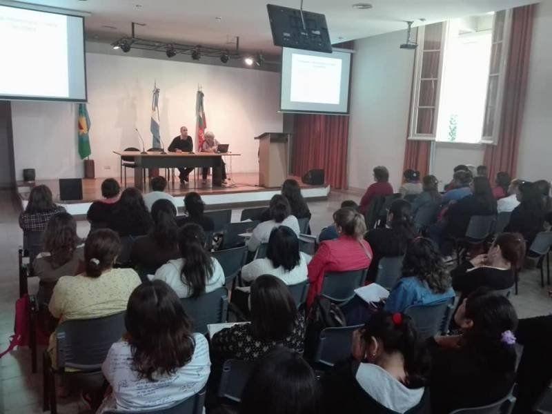 Más de 180 alumnos se capacitan en Inmunización en la Región Sanitaria XI