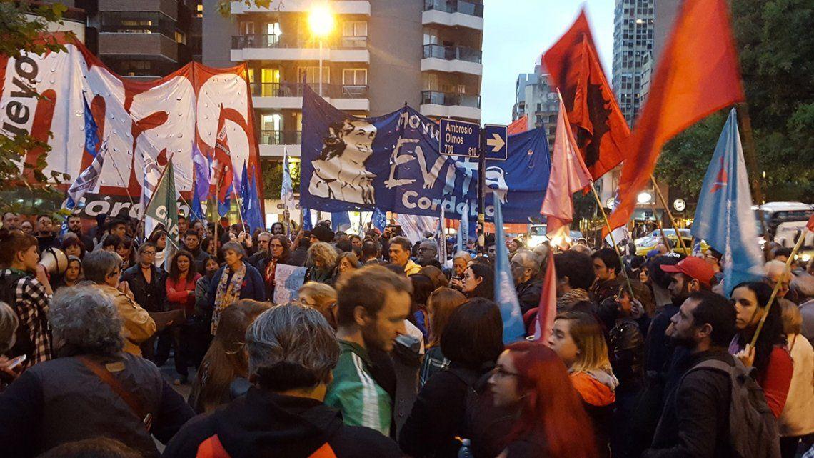 Organizaciones sociales y partidos políticos marcharon en apoyo a Lula