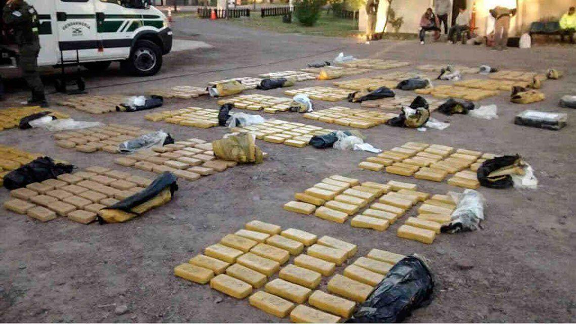 Desaparecen 540 kilos de marihuana de la Policía y comisarios culpan a las ratas