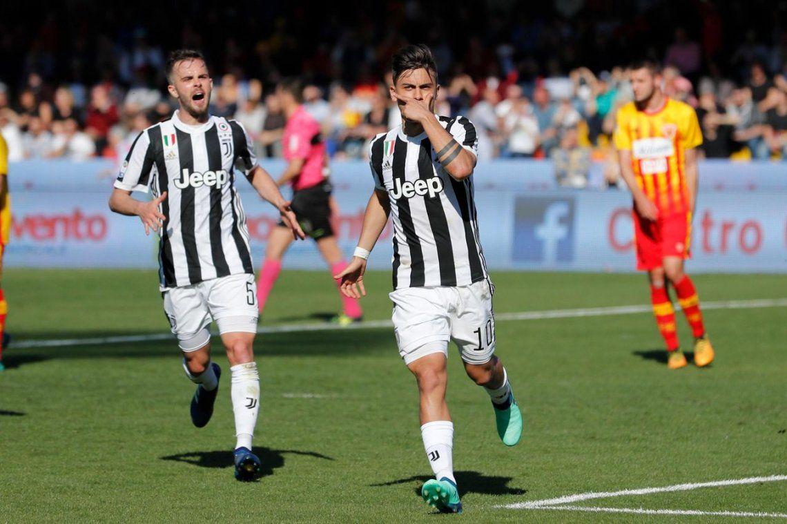 Dybala metió un triplete en la goleada al Benevento y se anota para el Mundial
