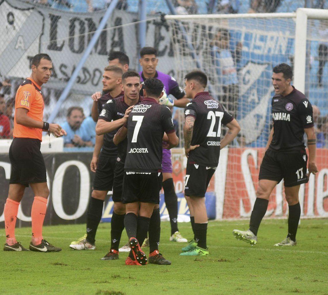 Lautaro Acosta: Me chupa un huevo este premio, son un desastre los árbitros