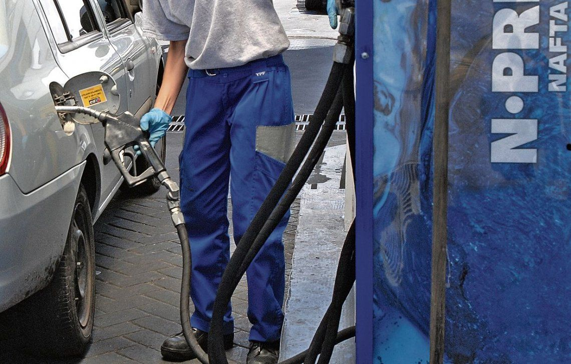 YPF aumentó el precio del gasoil en sus dos versiones