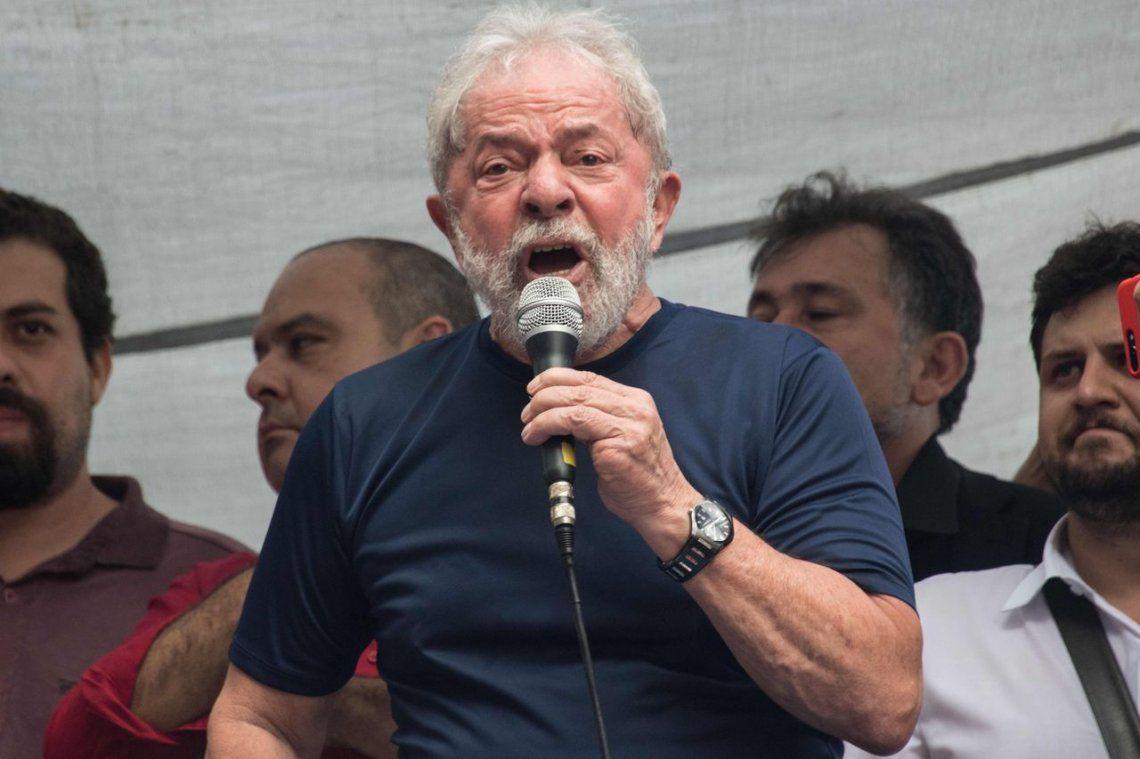 Lula recibió a su familia por primera vez desde que está en la cárcel de Curitiba