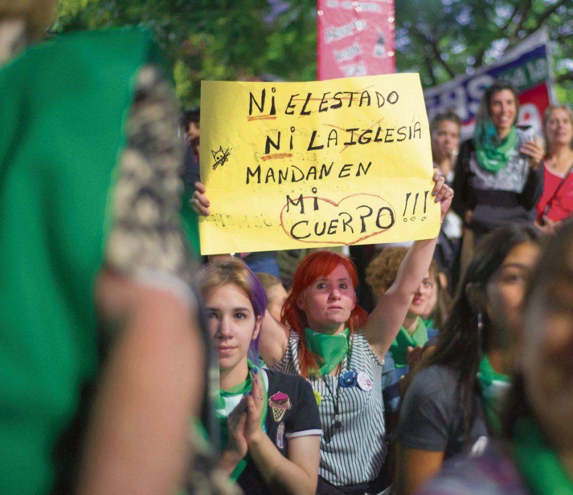 dManifestantes pro despenalización del aborto.